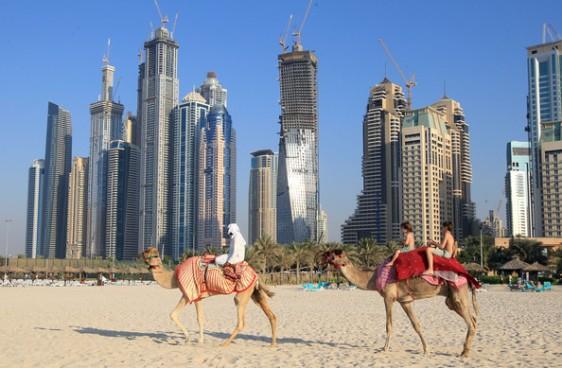 Burj+Al+Arab+Dubai+most+luxurious+hotel+world+gXv5YIFyysbl.jpg